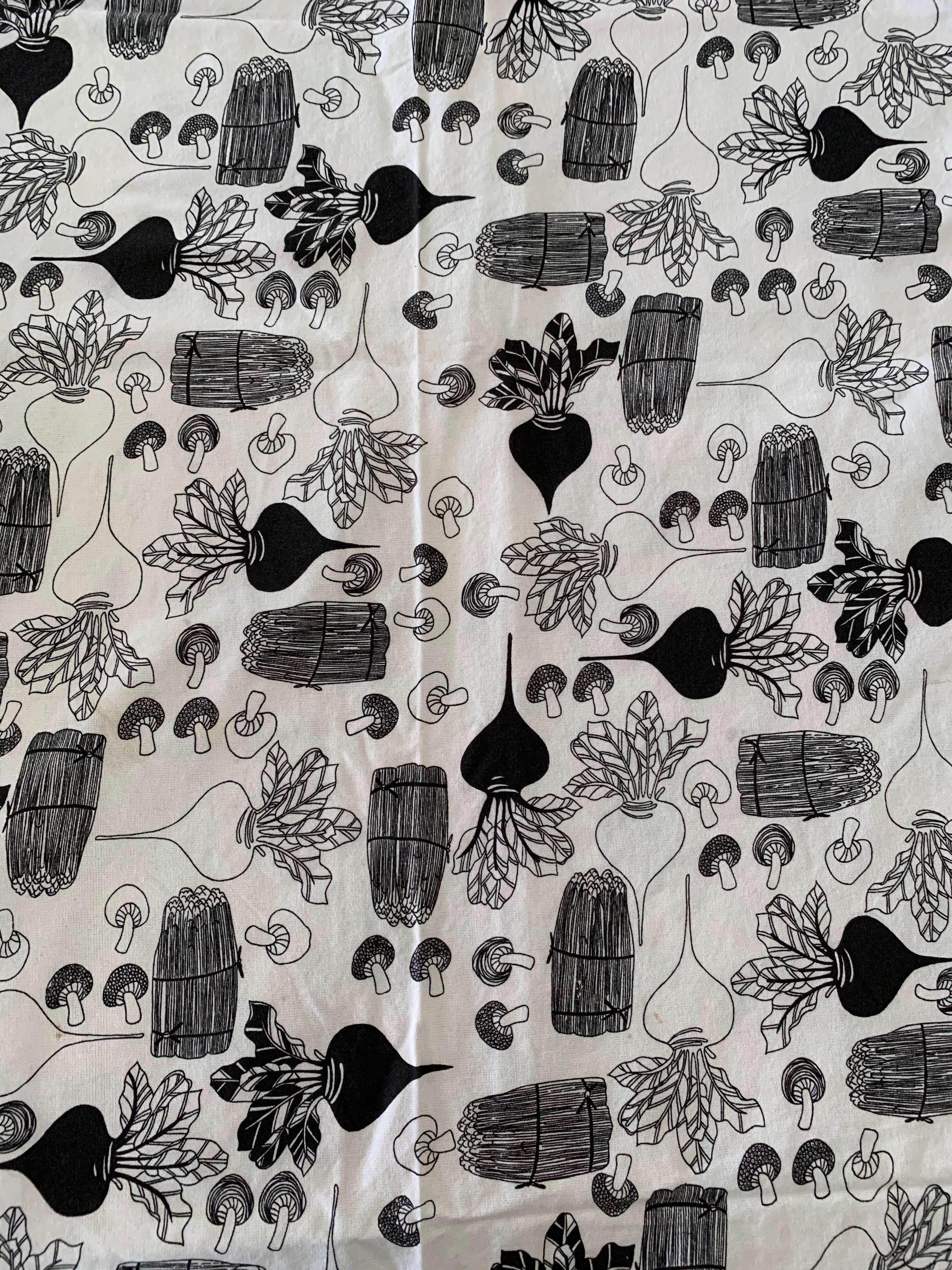 Pre-Loved Radish & Mushroom Table Cloth